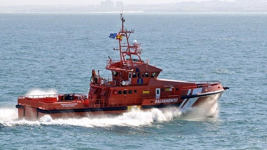 Rescatan una patera con 55 inmigrantes al sur de Fuerteventura