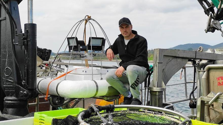 Un patrón del cerco inventa y construye un dron-boya para una pesca más segura