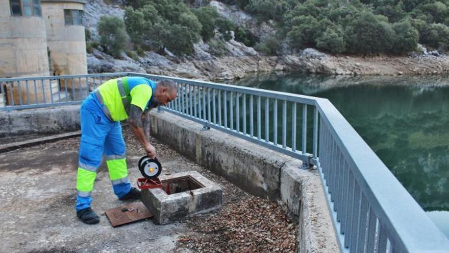 Umweltministerium schließt Lecks in Wasserrohren auf Mallorca