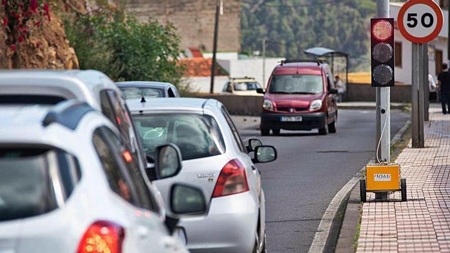 La burocracia vuelve a retrasar el muro  de la carretera de  La Montaña