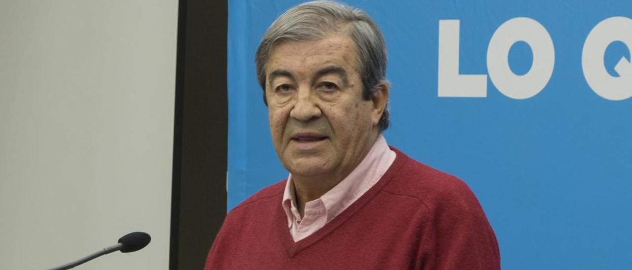 Francisco Álvarez-Cascos en un acto de campaña de la coalición Foro-PP