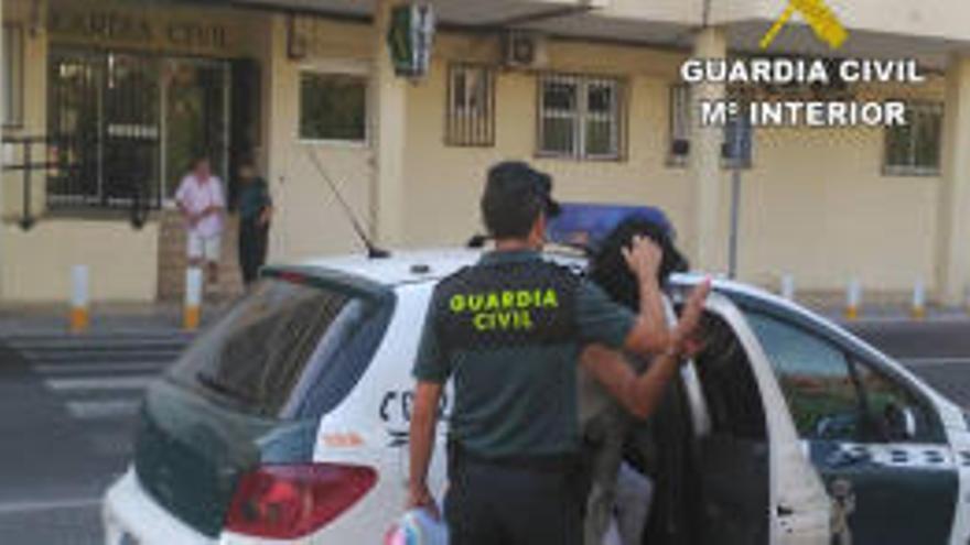 Detenida una pareja por extorsionar a un empresario valenciano con fotos íntimas