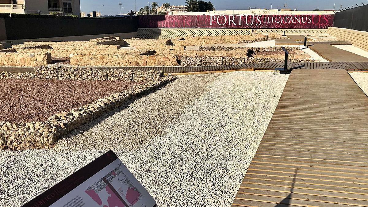 La excavación de un edificio permitió en 1982 descubrir una parte más del Portus Ilicitanus de Santa Pola. |