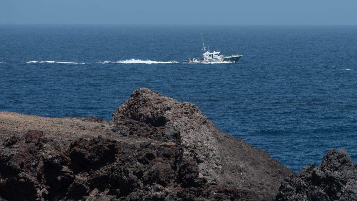 Tres fallecidos al volcar un cayuco con más de 50 migrantes cerca del Porís de Abona