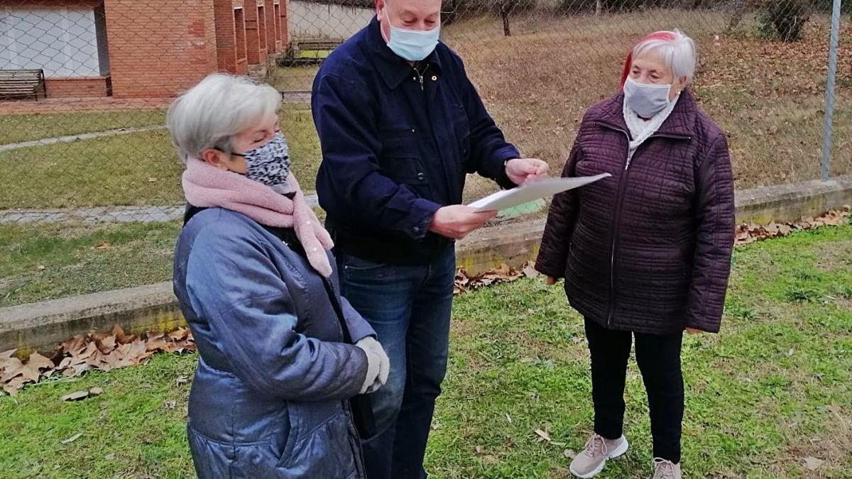 Creix l'oposició a les obres que afecten el pati del geriàtric de la Font dels Capellans