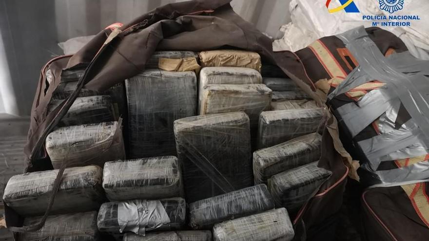 Detenidos en Málaga por un alijo de 427 kilogramos de cocaína en Valencia