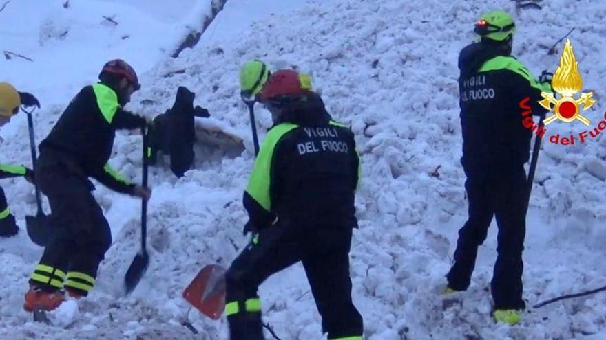 Acaba la búsqueda en el hotel Rigopiano con 29 muertos