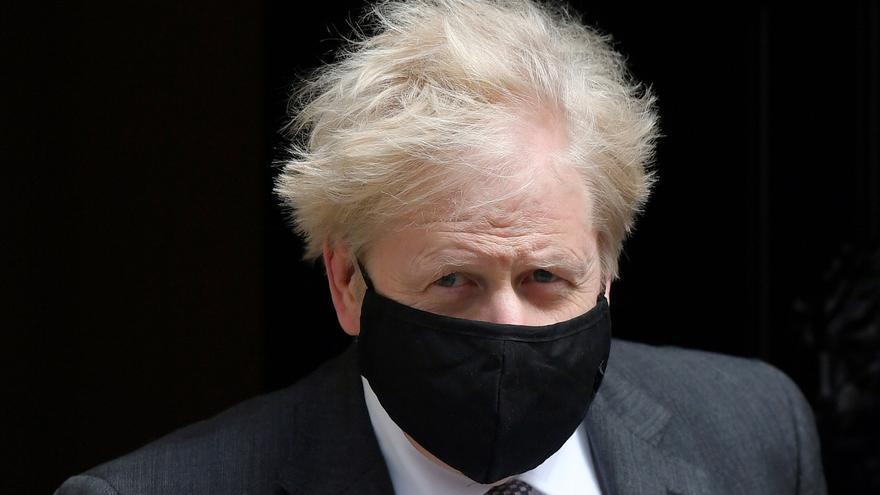 Boris Johnson prometió a un empresario ventajas fiscales por aportar respiradores ante la pandemia