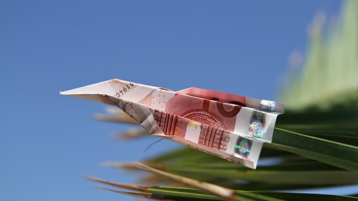 Flüge für 10 Euro sollte es nicht mehr geben, sagen Klimaschützer.