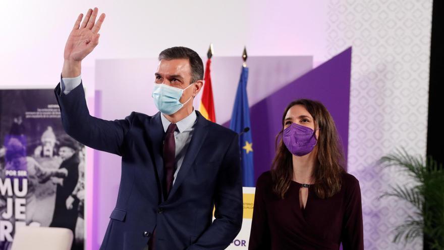 """Sánchez: """"Sólo a través del feminismo van a mejorar las sociedades"""""""