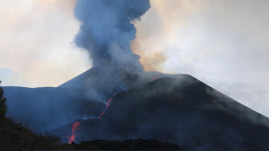 Imágenes del volcán de La Palma, este miércoles