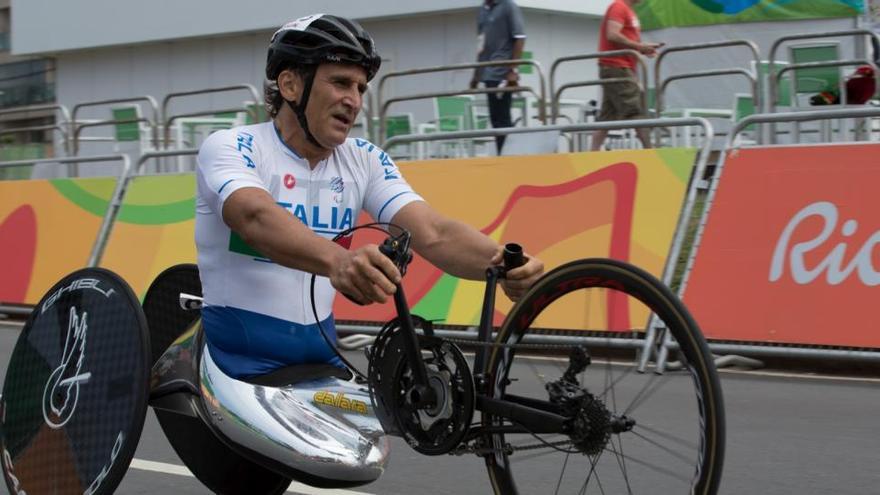 """Zanardi sale de la UCI tras mostrar """"mejoras clínicas significativas"""""""