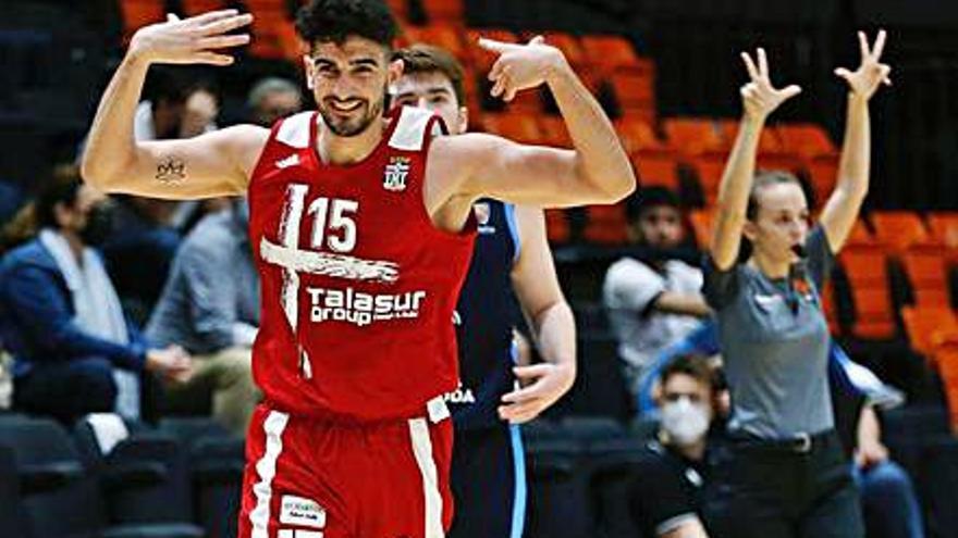El Basket Cartagena quiere encarrilar hoy su ascenso a LEB Plata ante el Estudiantes