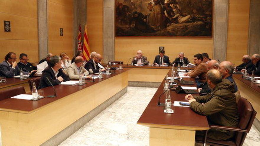 La Diputació obrirà una línia d'ajuts de 200.000 euros per millorar els cementiris