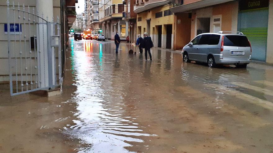 La segunda tromba en 22 días prueba que Alzira sigue a merced de la lluvia