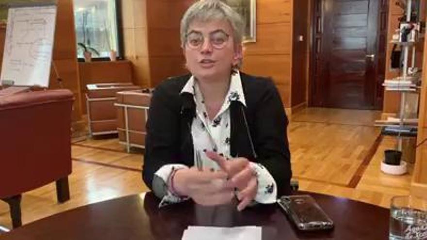 """La alcaldesa de Gijón pide moderar el volumen de las fiestas en los balcones: """"No compitamos con un concierto de Bruce Springsteen"""""""