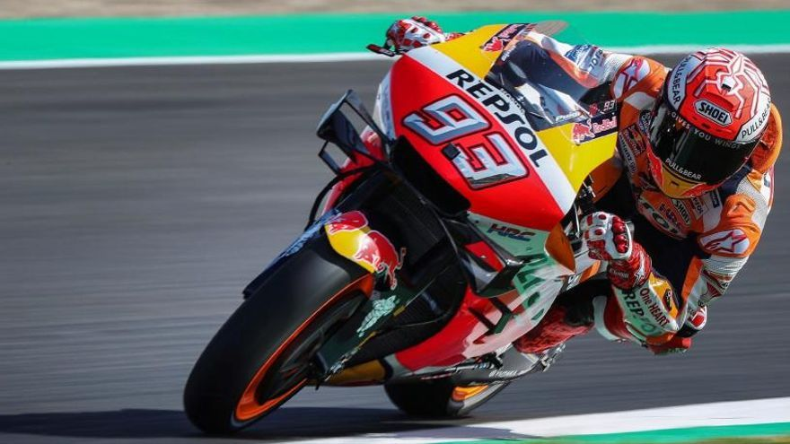 Petrucci le gana la partida a Márquez en la primera jornada en Jerez