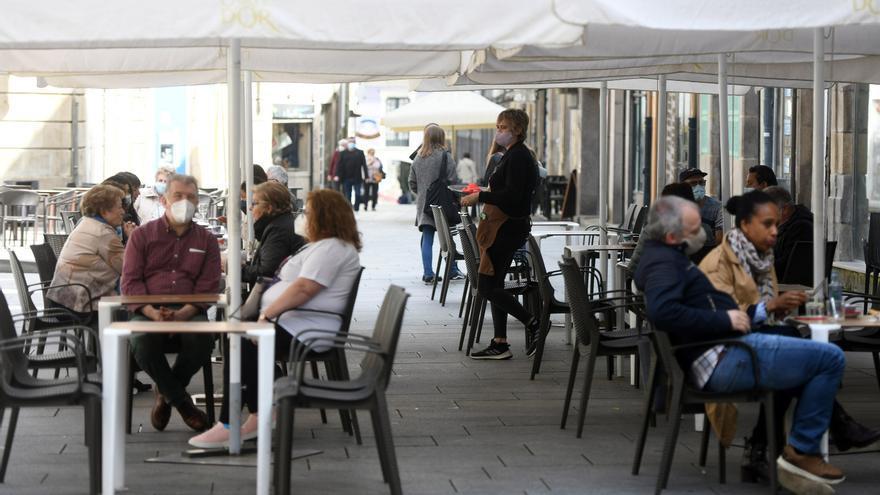 El área lidera la incidencia del COVID en Galicia y las restricciones se extienden a nueve municipios