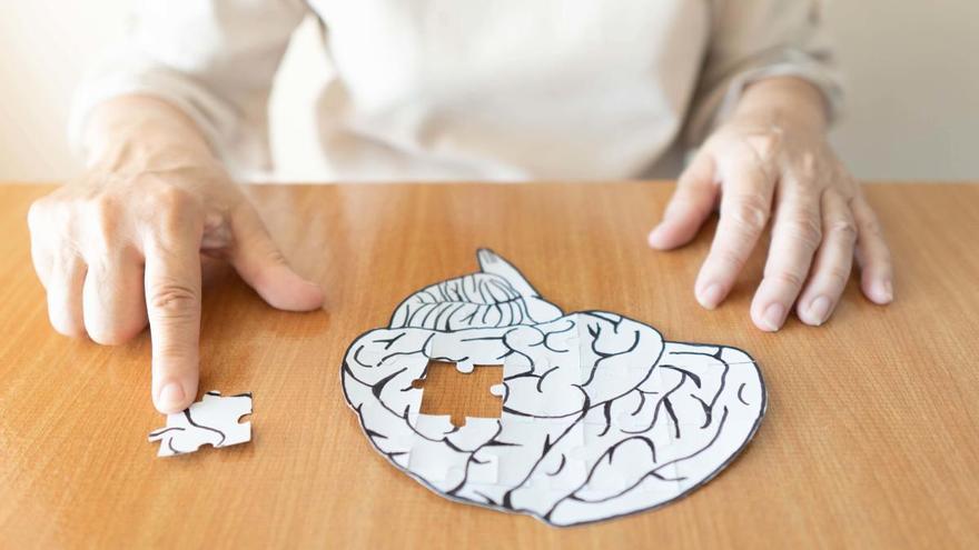 Descubren un biomarcador que alerta del inicio asintomático del alzhéimer