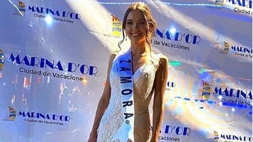 Carla López Alejos en el concurso Miss Mundo España.