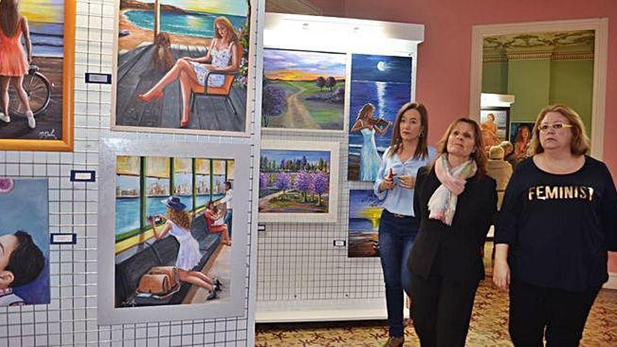 Pintura del alma: la vecina de Benavente Mariana Martín expone parte de sus más de 800 pinturas