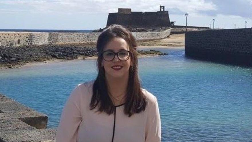 NNGG Lanzarote  del PP se suma a la campaña regional de recogida de material escolar