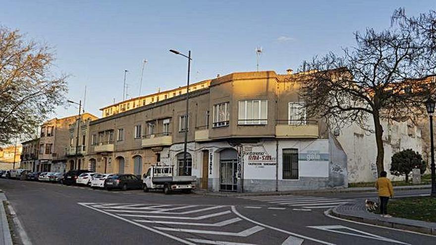 Edificios que el Ayuntamiento de Zamora quiere derribar vistos desde San Martín.