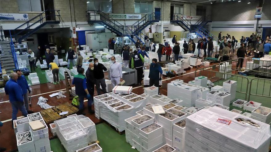 Mayoristas y minoristas eligen otros proveedores ante el posible retraso de algunos productos