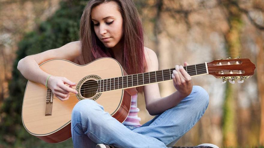 Las mejores guitarras clásicas para iniciarse en el instrumento más popular