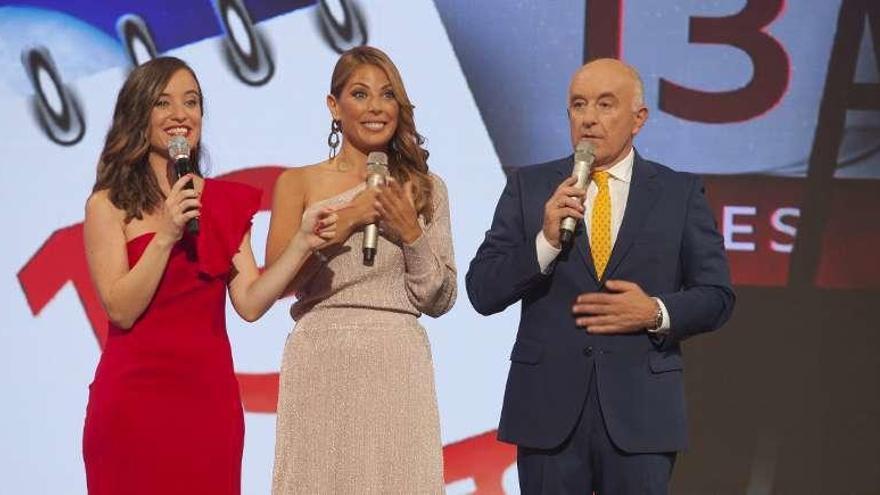 Os cantantes de Panorama e París de Noia xuntan as súas voces no programa 'Luar'