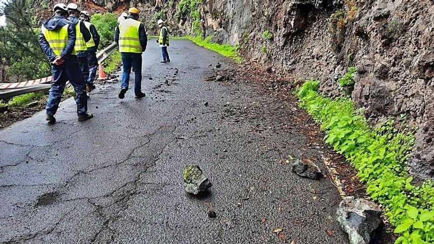 Las obras de urgencia en la carretera de Gallegos se van a dilatar cinco meses