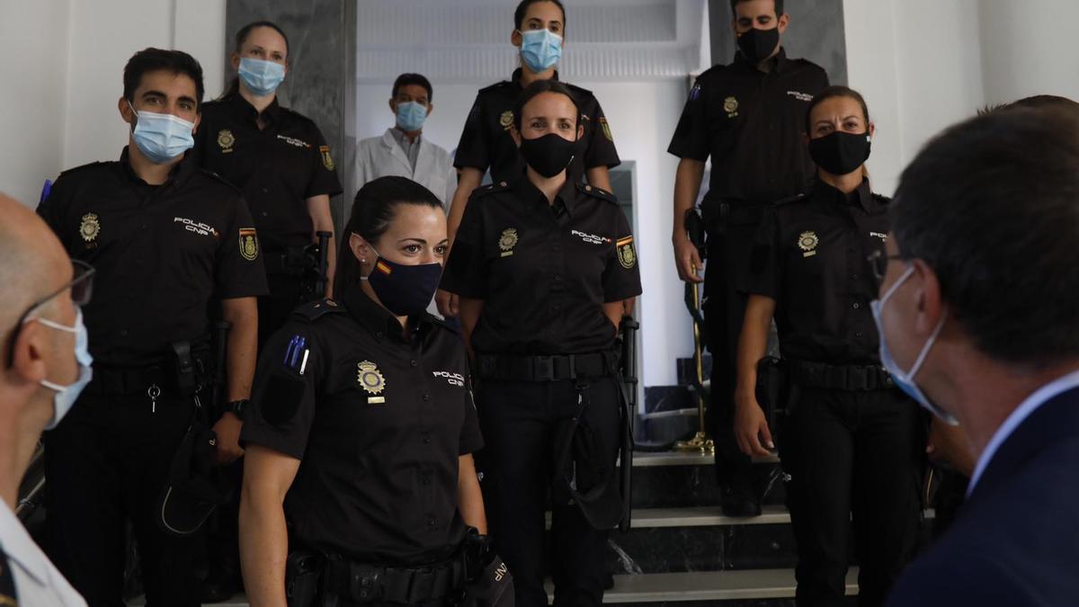 La piragüista Laura Pedruelo, una de las agentes de Policía Nacional que comienza sus prácticas en Zamora.