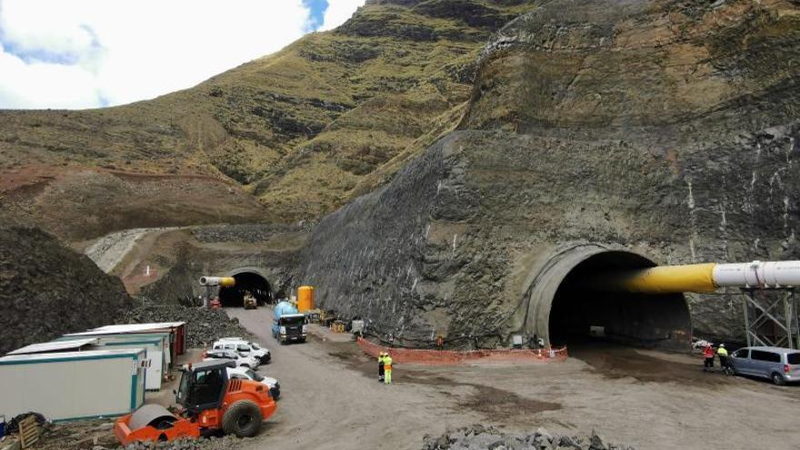 La mitad de los túneles de Faneque ya están perforados