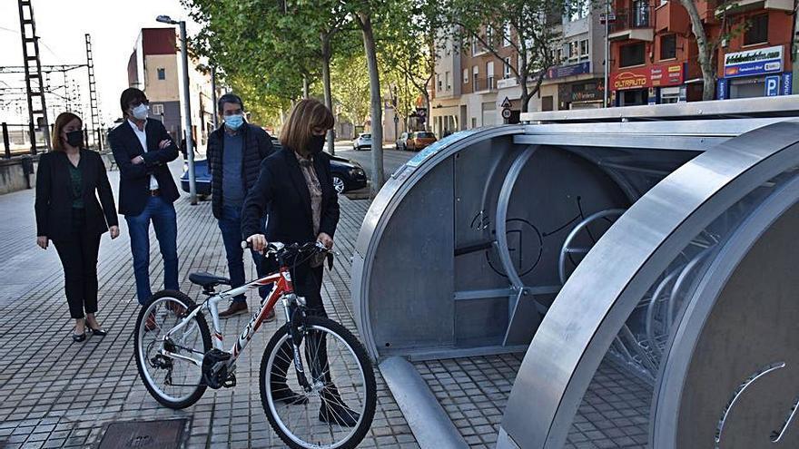 Xàtiva impulsa un plan piloto de la Diputació de aparcamiento de bicicletas