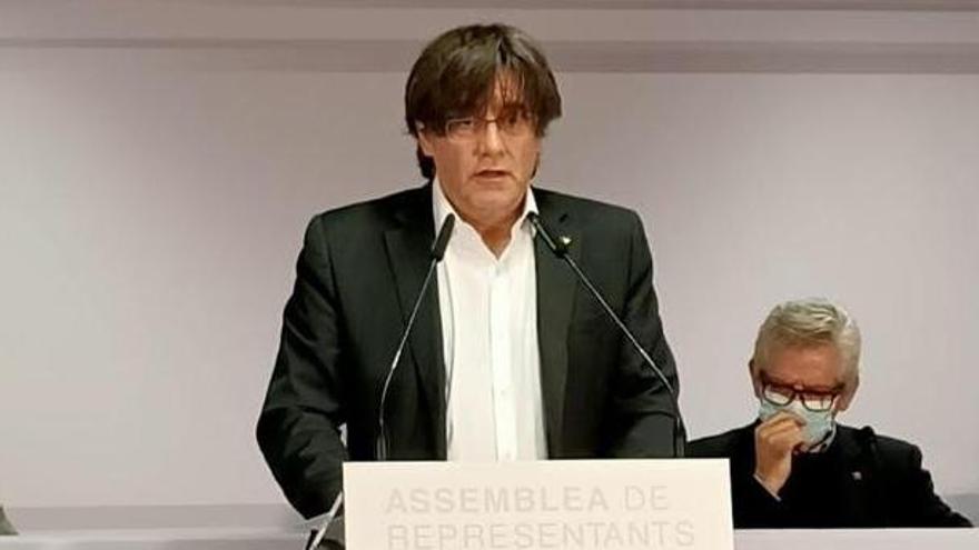 "Puigdemont dice que JxCat investiría a Aragonès si no es ""muleta"" de Sánchez"