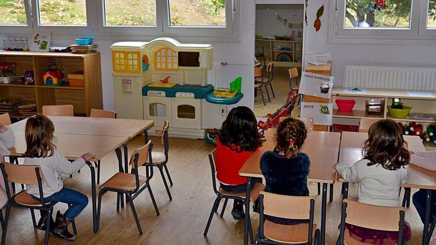 Récord de positivos por COVID en los colegios gallegos desde el inicio del curso
