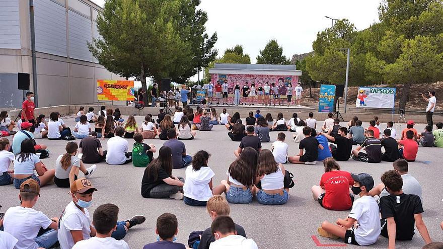 Valenciano a ritmo de rap en Elda