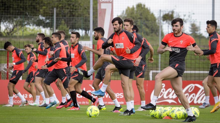 Guille y Pedro Díaz llaman a la puerta de la titularidad del Sporting para recibir a Las Palmas