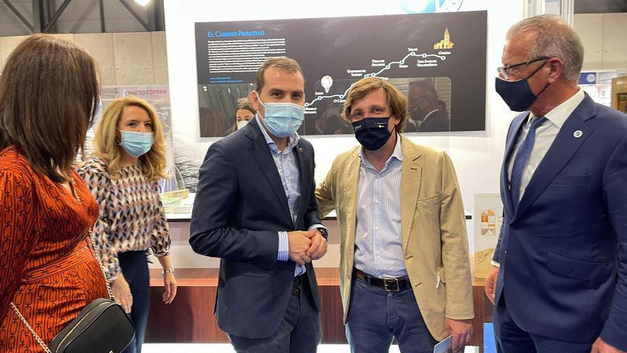 El Alcalde de Cangas de Onís invita a visitar la región a la cúpula del PP