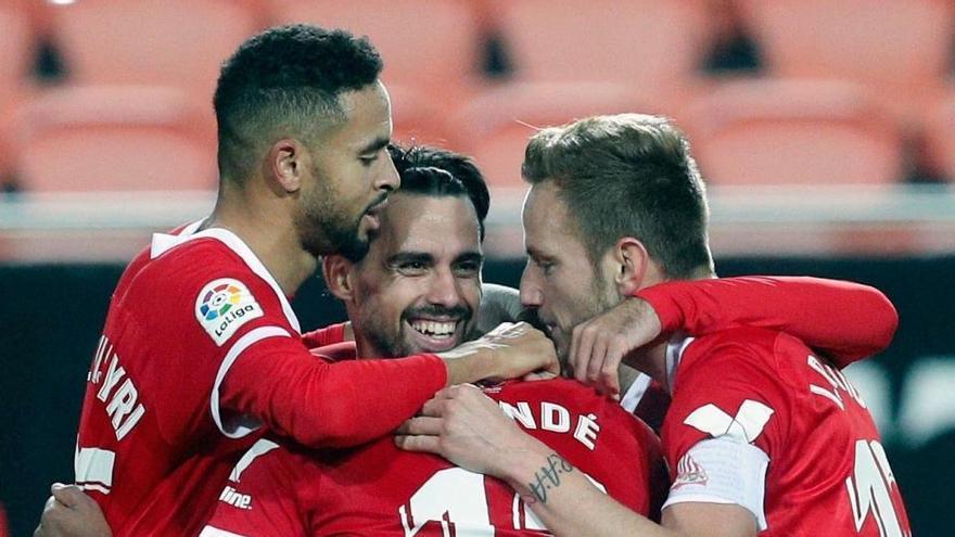 Un gol de Suso da al Sevilla el triunfo en su visita al Valencia