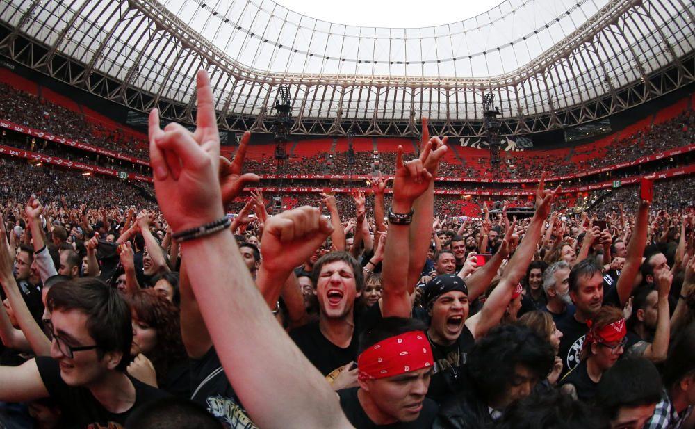 Guns and Roses abren su gira española en Bilbao
