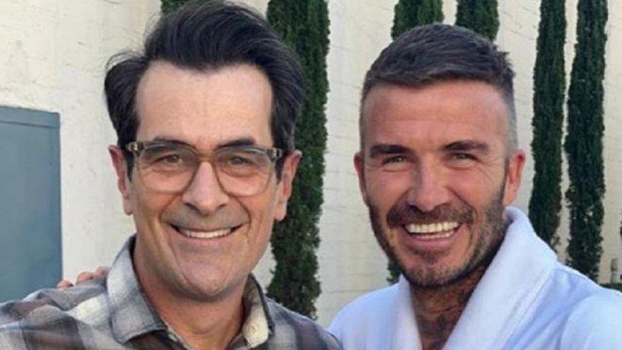 "David Beckham comparte las fotos de su cameo en ""Modern Family"""