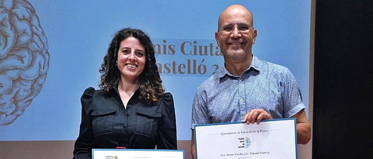 Els guardonats Irene Verdú i Daniel García. | LEVANTE-EMV
