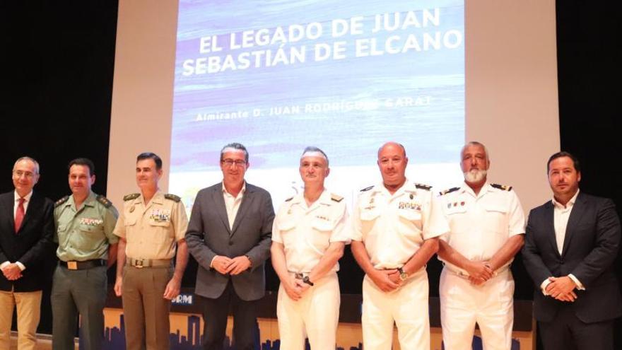 """Rodríguez Garat, almirante naval: """"Hay que normalizar el conocimiento de la historia"""""""