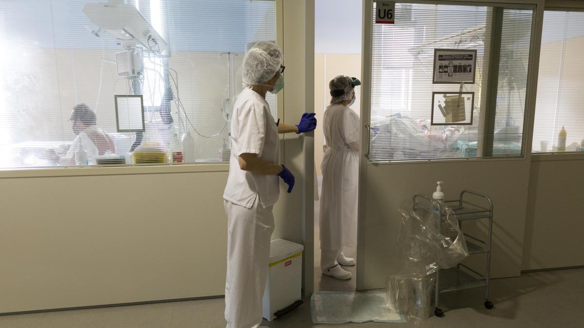 Un dels espais de l'hospital on hi ha ingressats pacients amb Covid-19.