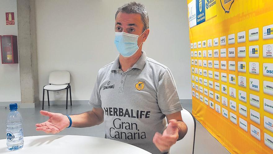 Entrevista a Porfi Fisac, entrenador del Herbalife Gran Canaria