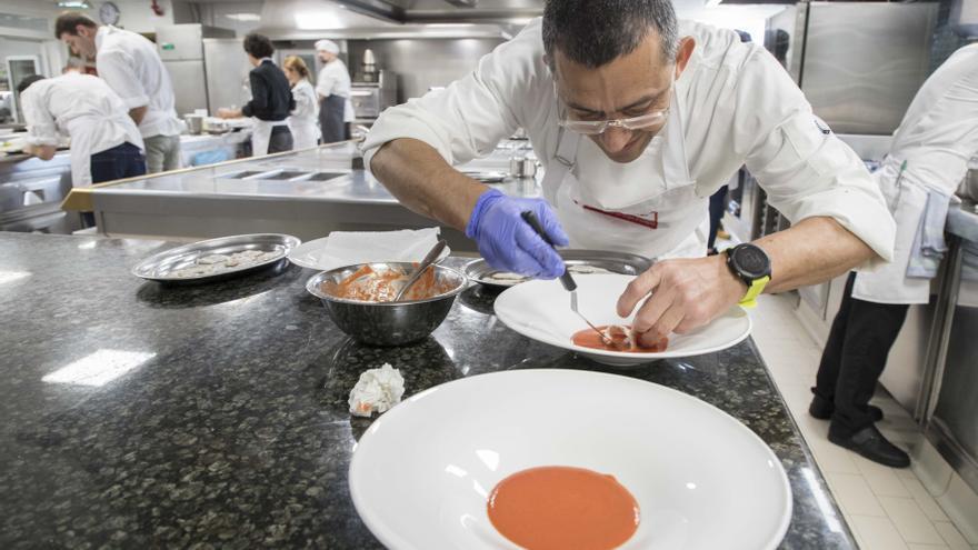 2.500 euros para la cocina más creativa con granadas de Elche