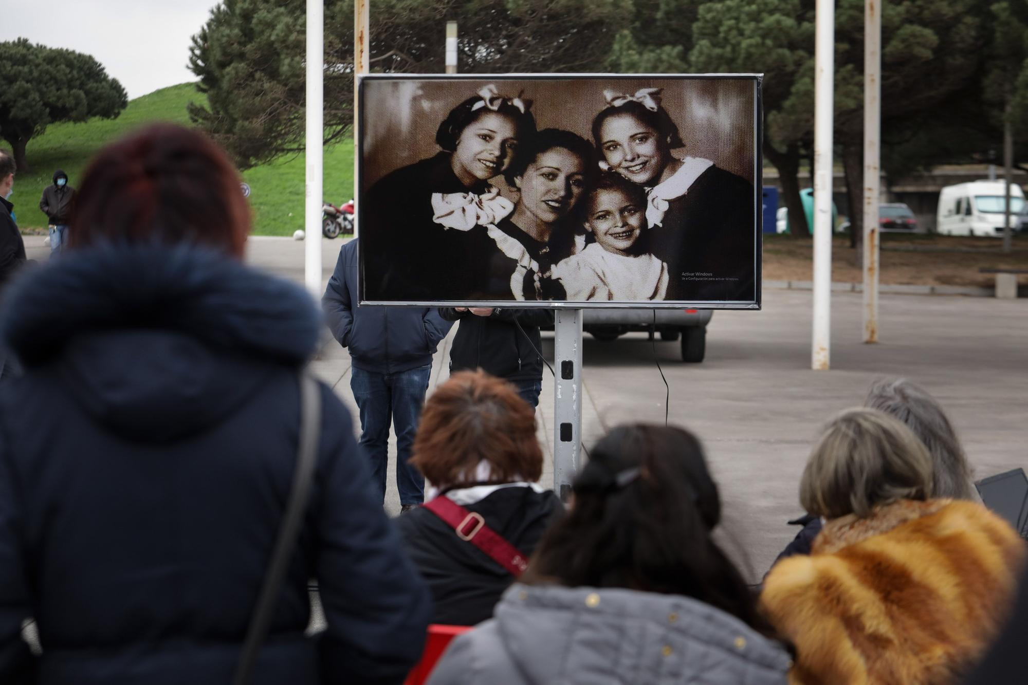 Homenaje en El Arbeyal a Araceli Ruiz, ni�a de la guerra (12).jpg