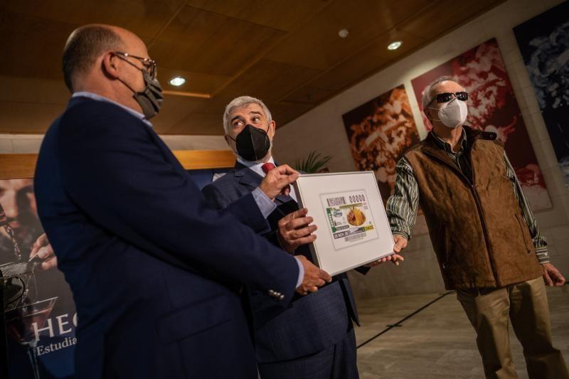 Presentan el cupón de la ONCE dedicado al potaje de berros