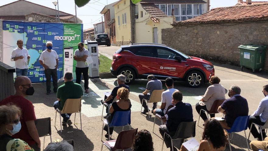 17 pueblos de Zamora estrenan puntos de recarga para coches eléctricos